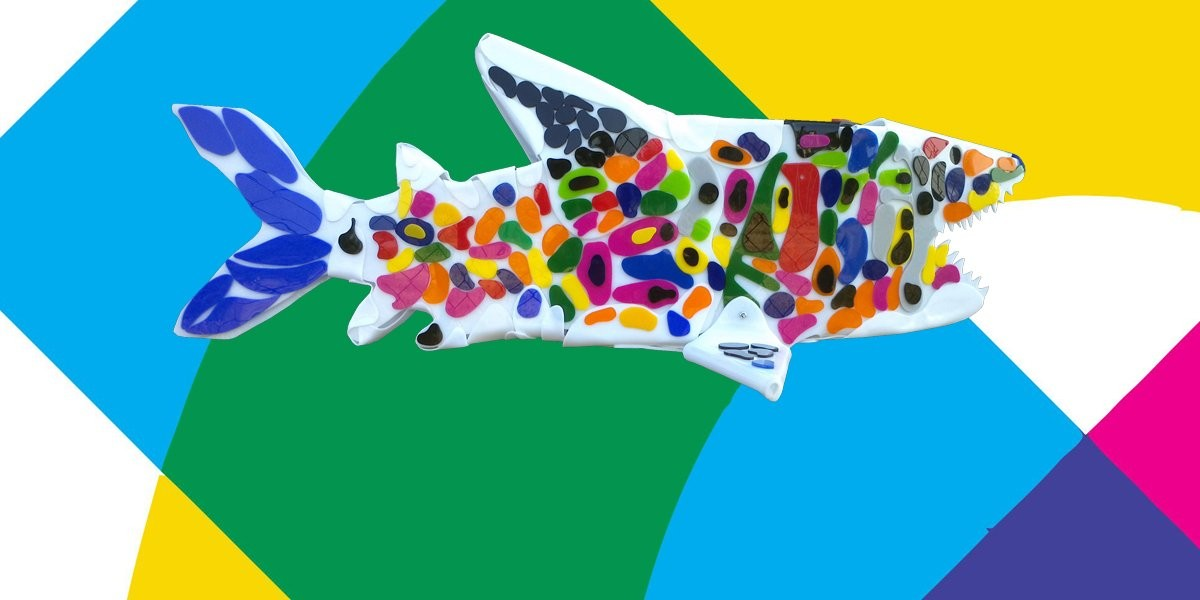 Representative image for the shark sculptures gallery.